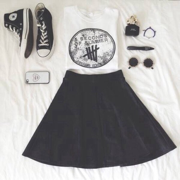 5, 5sos, allstars, case, cropped, croptop, cute, girls, glasses, hipster, iphone, of, outfit, phone, seconds, skater, skirt, summer, top