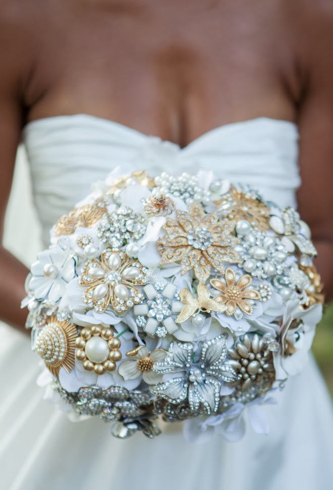 Bouquet Sposa Gioiello.Black And Yellow Southern Wedding Belle The Magazine The