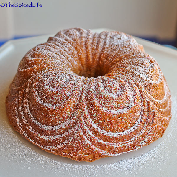 Saffron and Tahitian Vanilla Infused Cream Bundt Cake ...