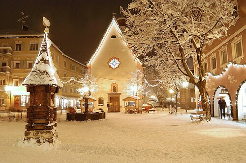 snowy church and xmas - photo #41
