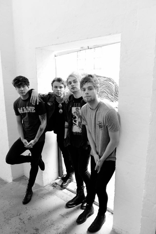 5 seconds of summer, 5sos, afi and ash