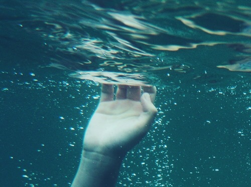 blue, drown, grunge and hand