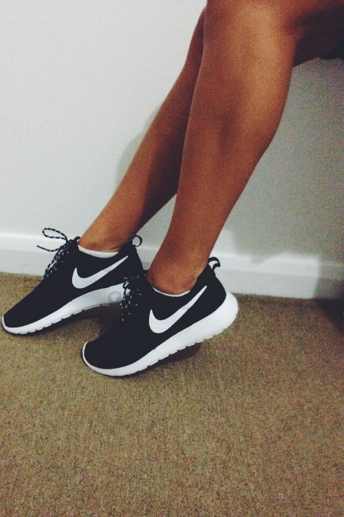 adidas, air, black and white, clothes, comfy, fashion, fit, fitspiration, fitspo, food, fruit, girl, goals, gym, healthy, high heels, inspiration, lifestyle, love, luxury, motivation, run, running, shoes, tumblr, veggies, walk, walking, workout, ⓝⓘⓚⓔⓢ