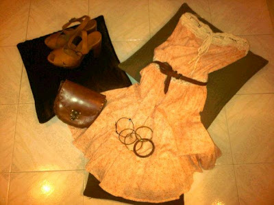 bag, brahelets, brown, dress, rings, wedges, zara