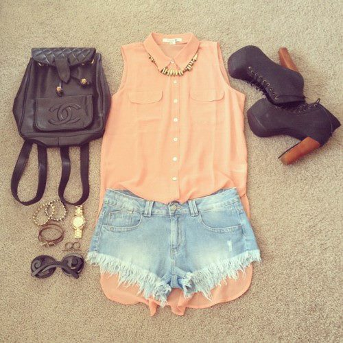 chanel, clothes, gorgeous, heels, necklace, outfit, perfect, shoes, shorts, sungalsses, t-shirt, umf, want