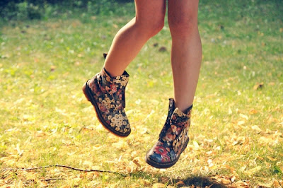 dr martens, floral, fashion