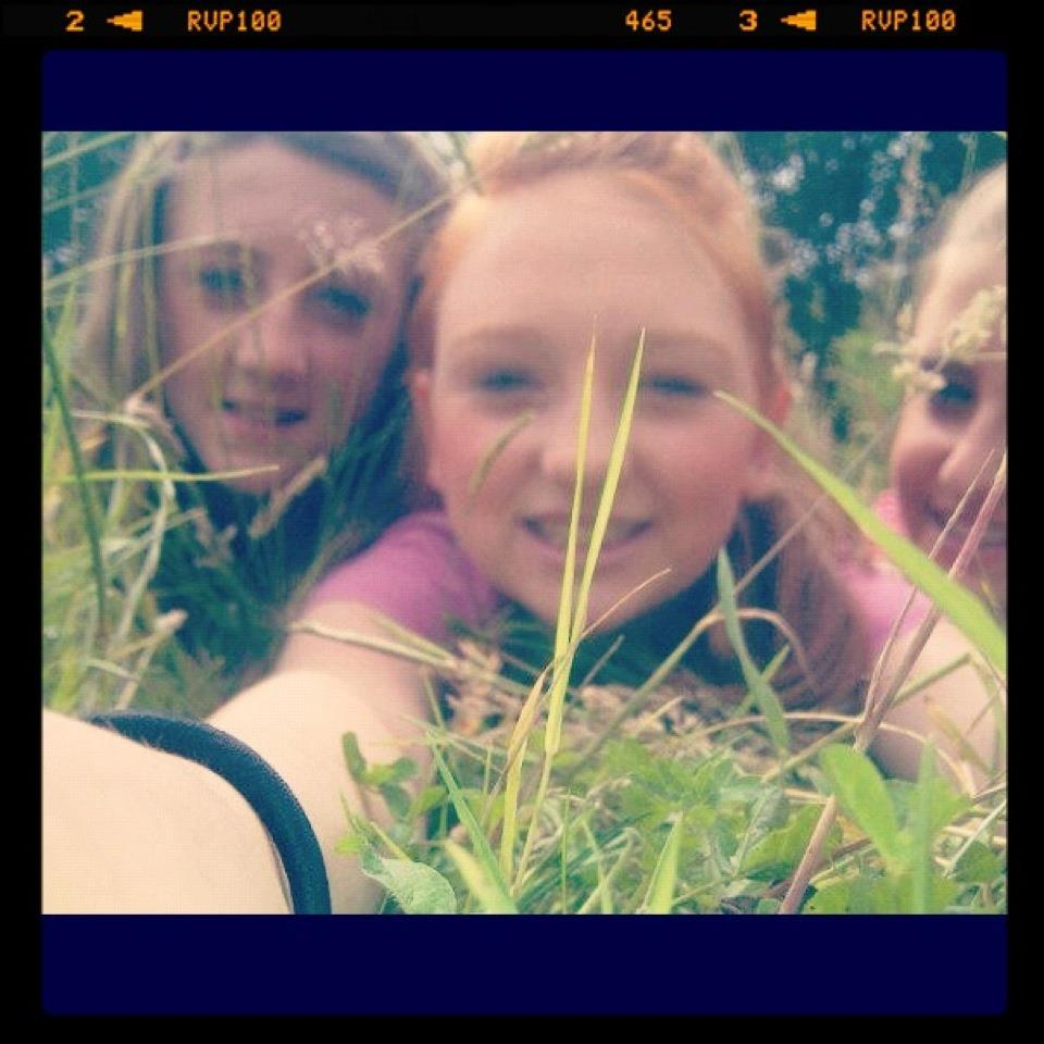 grass, bestfriends