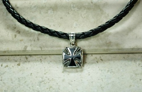 maltese cross, maltese cross necklace, fathers day gift, birthday gift for men, top gift for fathers day