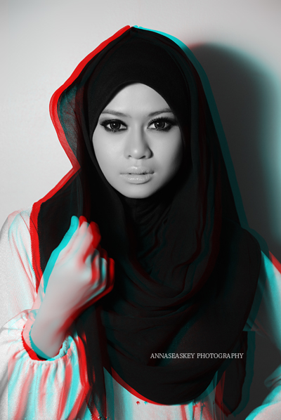Muslim Women With Hi