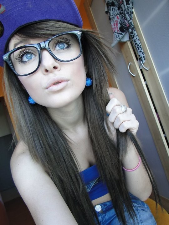 beautiful, blue, colorful, cute, earrings, eyes, girl, glasses, hat, jeans, lips, pretty, sexy