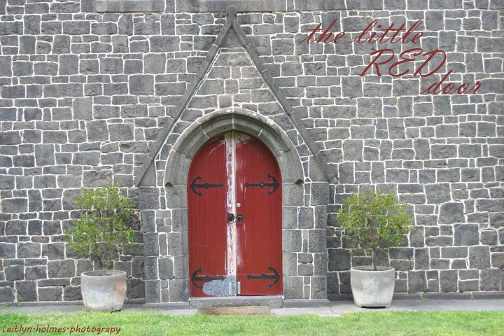 red, door, fairytale, caitlynholmesphotography, green