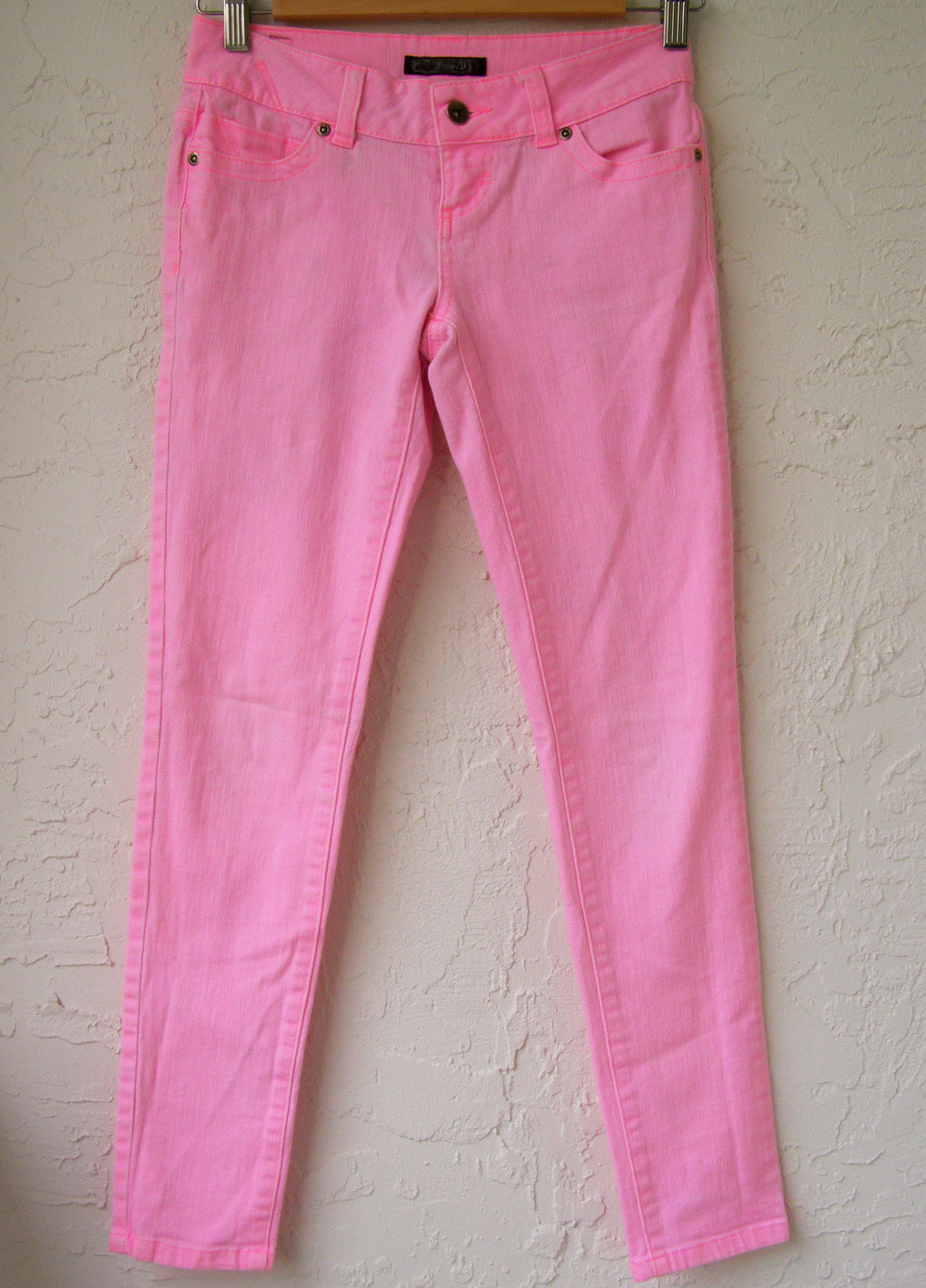 skinny, bright, neon, pink jeans, girls