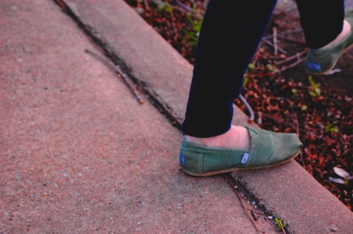toms, old, green