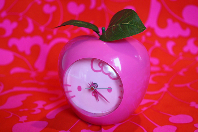 apple, clock, hello kitty
