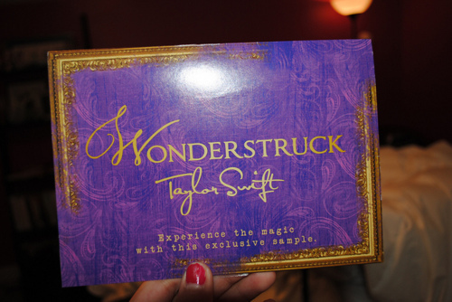 art, cute, fashion, girly, glitter, perfume, purple, sparks, taylor swift, wonderstruck
