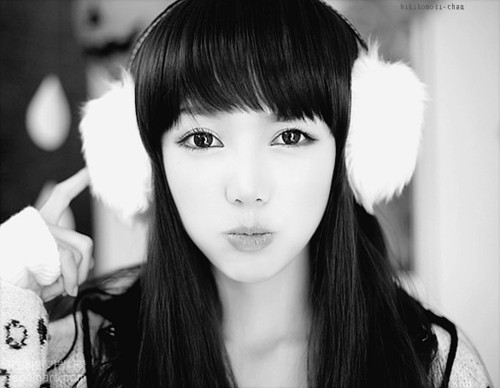 asia, asian fashion, black and white, fashion, girl, k-fashion, korea, korean, monochrome, ulzzang