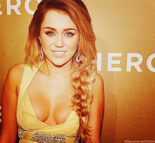 babe, beautiful, beauty, bottom of the ocean, cant be tamed, cute, cyrus, destiny hope cyus, disney channel, fit, fly on the wall, hannah montana, heart me, heart this, inspirtation, miley, miley cyrus, party in the usa, perfect, photography, pretty