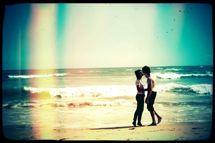 beach, kiss, love