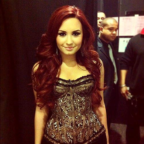 beautifull, demi lovato, red