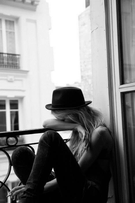 black and white, blonde, cry, fashion, girl, hat, style, urban outfitters