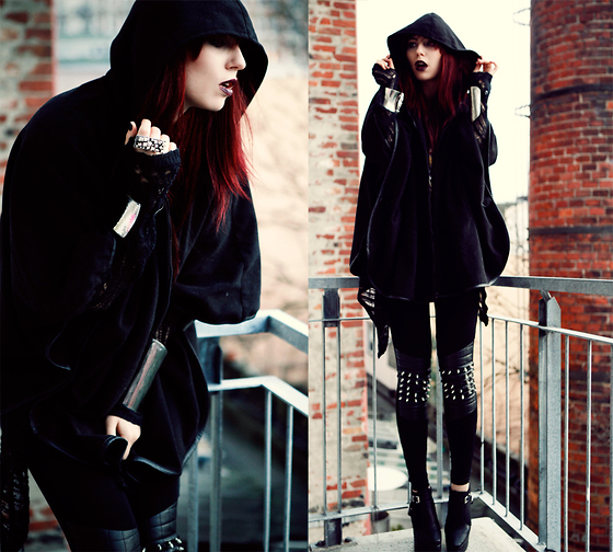 black clothers, dark, fashion, free style, goth, red hair, strange, street style, style