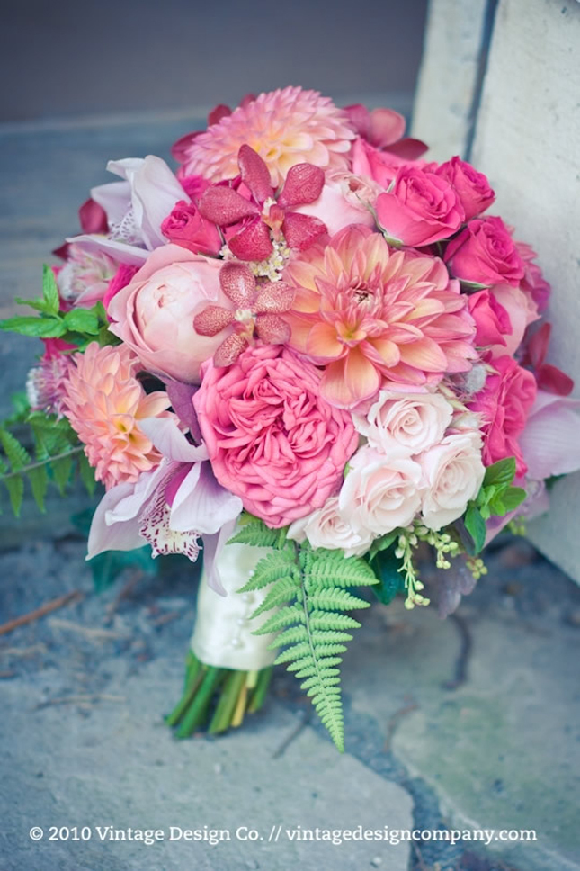 Wedding flowers bouquet pink