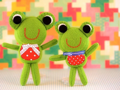 colorful, cute, frog, refreshing, stuff toys