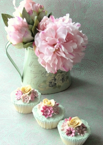 cupcakes, flowers, food, jug, pastel