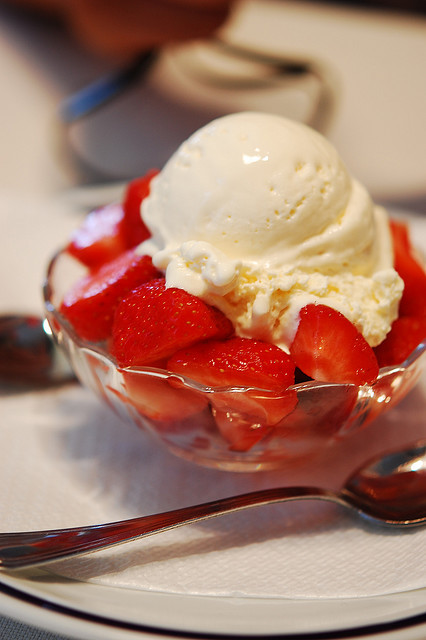 dessert, food, ice cream, strawberries