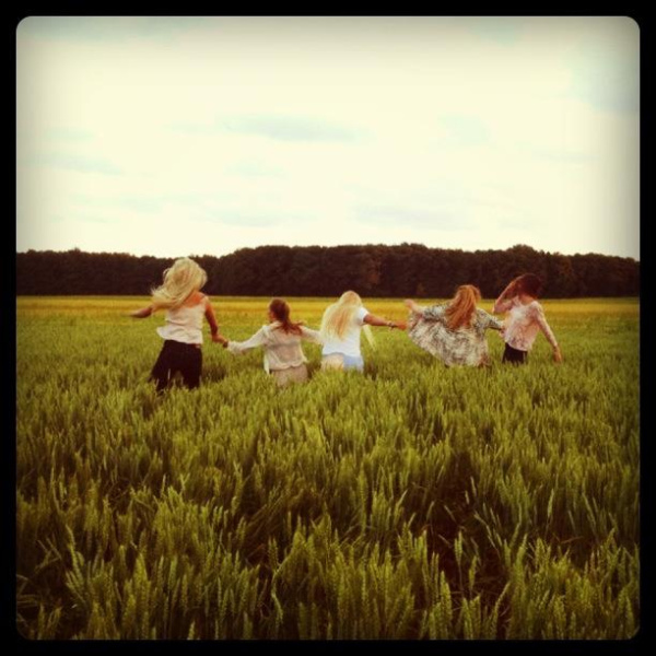 field, friends, happy, life, love, run, sky, summer