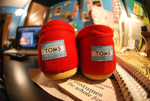 photography, red, shoes, toms