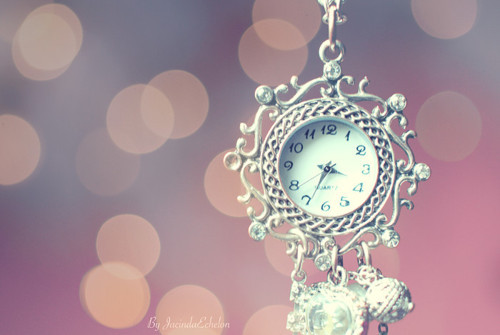 accessoires, accessorize, clock, cute, everyday, fashion, necklace, photo, photography, pink, pretty, silver, time, vintage