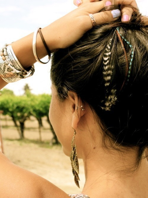 accessories, bracelet, cool, earring, earrings, fashion, feathers, girl, hair, hairstyle, nails, ring