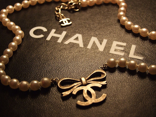acessories, black and white, chanel
