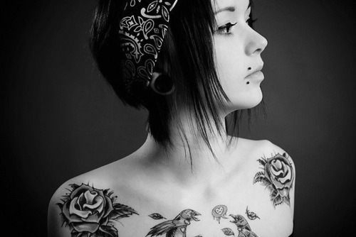 alternative, alternative girl, b&w, bandana, girl, makeup, photography, piercing, piercings, plug, plugs, tattoo, tattoos