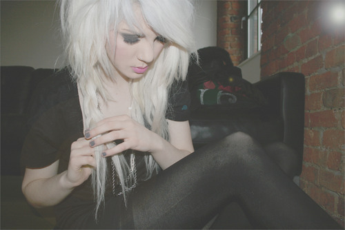 alternative, black, blond, blonde, fashion, girl, make up, pretty, scene, sexy