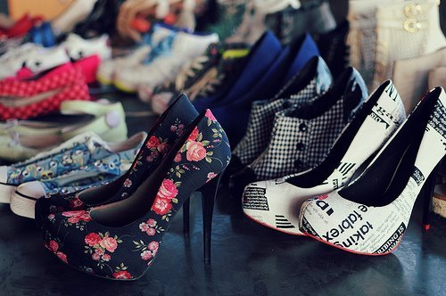 amazing, art, awsome, beautiful, converse, cool, cute, fashion, floreal, girly, heels, high heels, lovable, lovely, luxury, nice, photo, photography, pretty, shoes, trendy, vintage