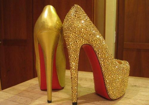 amazing, fashion, gold, golden, heels, high heels, red, shine, shiny, sparkle, swag