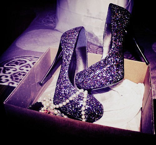 <3, *q*, awesome, beautiful shoes, beautyful, glitter, glitter shoes, great, highheels, love them, shoes
