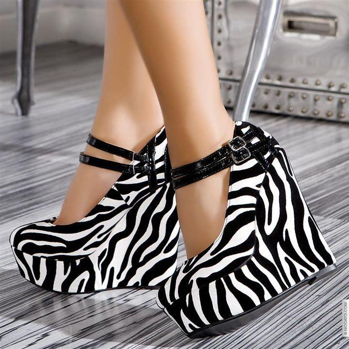 animal print, chic, cool, fashion, high heels