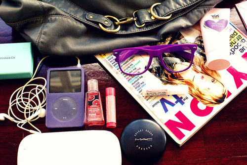 apple, bag, black, fashion, girl, glass, glasses, ipod, mac, magazine, photo