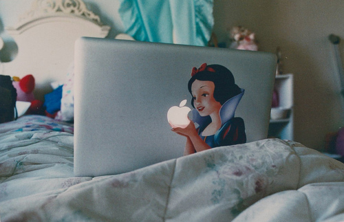 apple, cute, girl, photography, snow white, technology