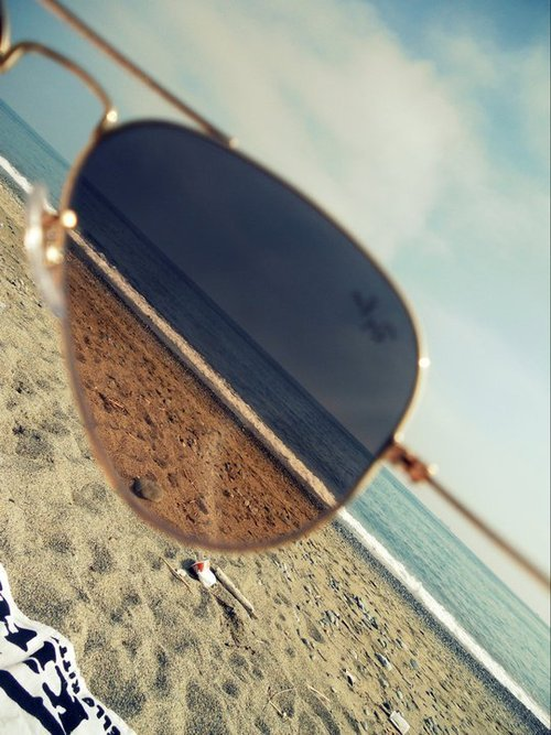 art, beach, beautiful, blonde, boy, color, fashion, girl, love, nice, ocean, perfect, photo, photography, pink, ray ban, retro, sexy, style, sunglasses, text, trash, vintage, water, white