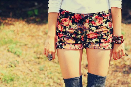 awsome, beautiful, bracelets, cool shorts, cute