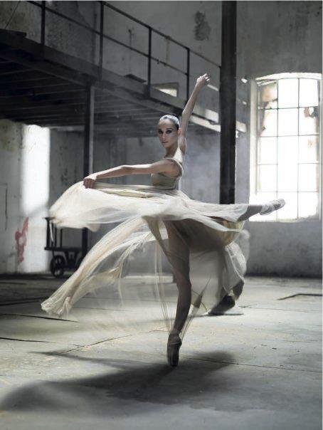ballerina, ballet, ballet shoes, beautiful, cool, cute, dance, dancer, dress, fashion, inspiring, pointe, studio, wonderful