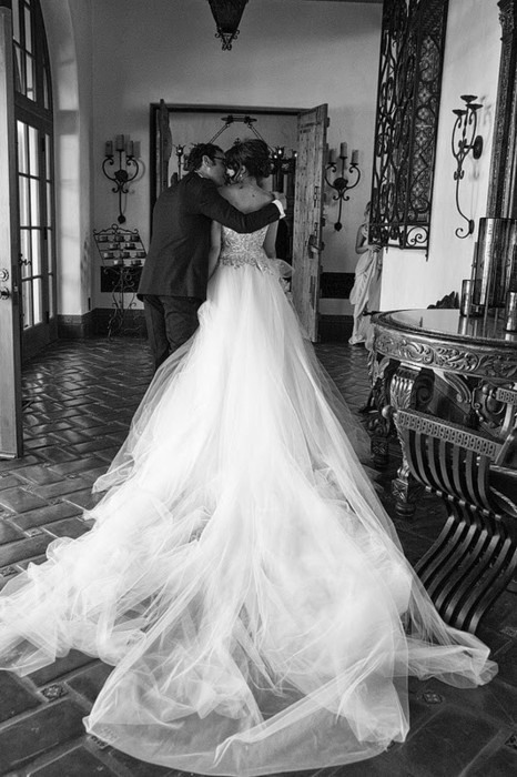 b&w, beautiful, black and white, boy, couple, dream, dress, girl, gown, guy, kiss, love, man, photo, photography, vintage, wedding, wedding dress, white, woman