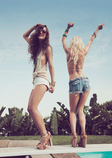 beautiful, blonde, crazy, fashion, friends, fun, girls, happiness, happy, high heels, life, party, prety, summer, sun