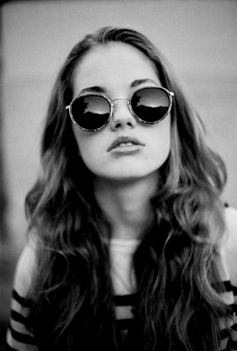 beautiful, cool, fashion, girl, model, pretty, style, sunglasses, black and white