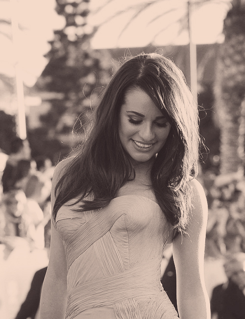 beautiful, diva, fashion, girl, glee, lea, lea michele, model, sag awards, sexy, smile, stunning