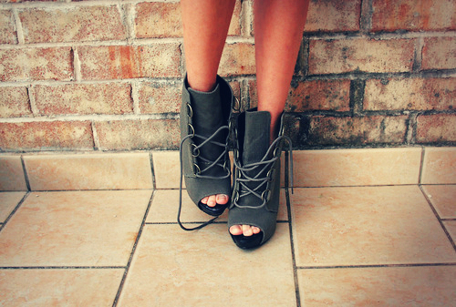 beautiful, fashion, girl, pretty, shoes, tan, vintage